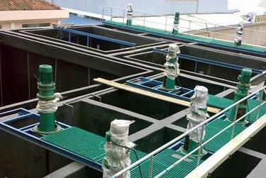 泥水处理厂玻璃钢格栅特点:
